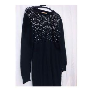 Long Sleeve/Black dress/knit material
